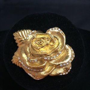 Vintage MONET Rose 🌹 Brooch